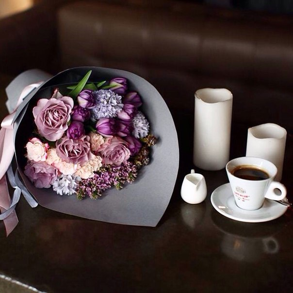цветы и кофе утром фото