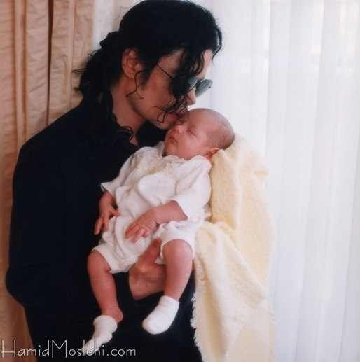 Джексон с ребенком фото