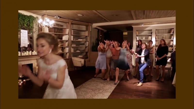 Свадебный фильм может увековечить Вашу любовь надолго. Чтобы заказать профессиональное видео вашего праздника – отправляйте сооб