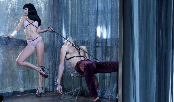 Русская рабыня на поводке 6 фотография