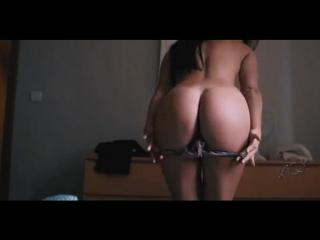 Little-Caprice-Porn-Model-Эротика-эротическая-гифка-4745257