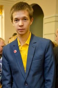 Данил Ломаев