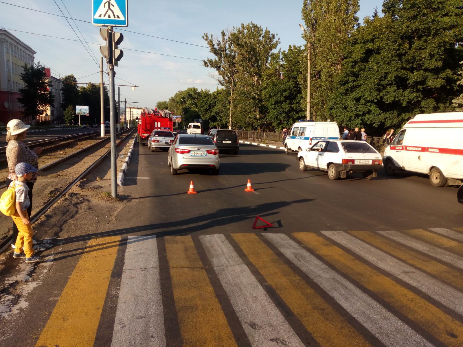 В Курске девушка попала под колеса иномарки