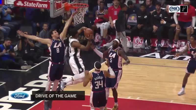 Данк ДеРозана в матче с Clippers