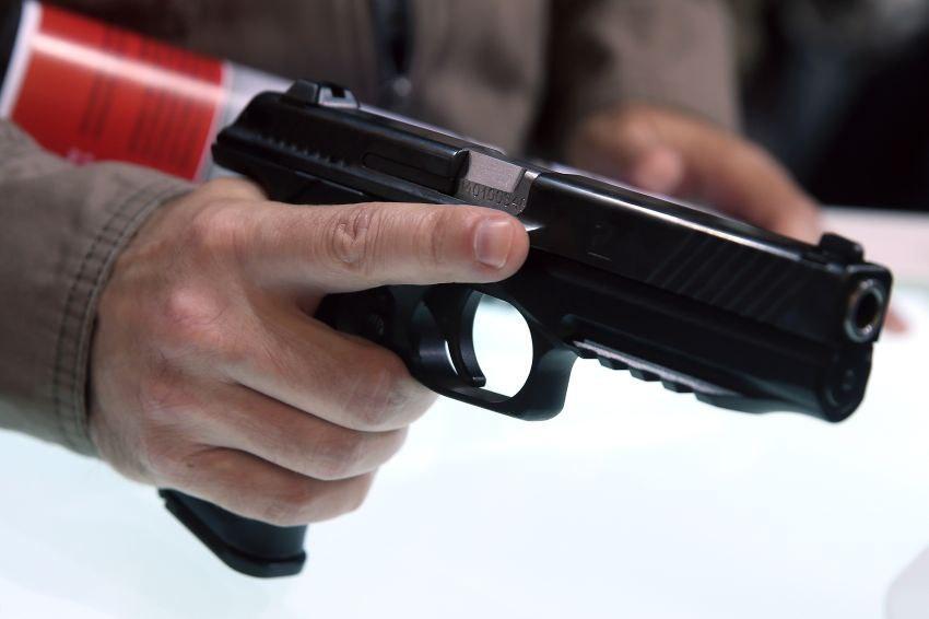 Калашников начнет выпуск пистолета в этому году