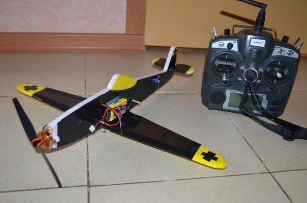 Модель самолета на радиоуправлении своими руками
