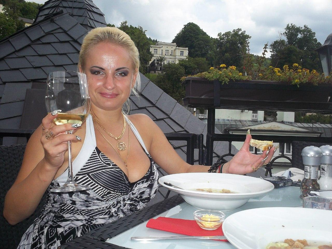 Елена Руденко ( Valteya ) . Чехия. Карловы Вары. Лето 2012. BVvZpGs20vQ