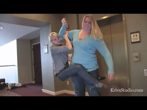 Amazon Anya Easily Lifts And Carries Short Woman Like A Kid