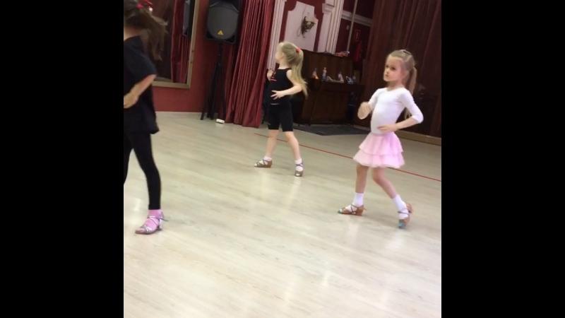 ⭐Тренируясь в нашем клубе, вы пройдете профессиональную школу танцевального искусства от азов до призов.