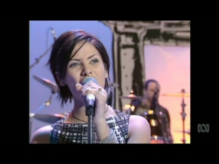 Natalie Imbruglia - Torn (Live in Australia on Recovery) 1997