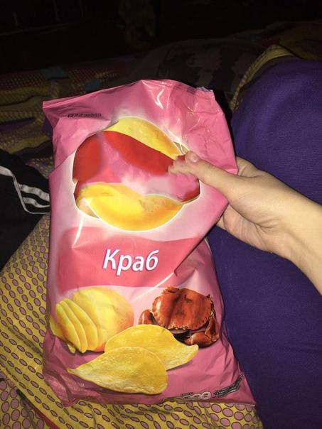 я один из тех сумасшедших, кто обожает чипсы со вкусом крабa