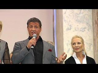 В Русском музее открылась выставка картин Сильвестра Сталлоне - Первый канал