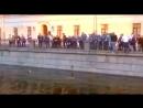 Минувшей ночью бойцы ОМОН вытащили из канала Грибоедова купавшегося футбольного болельщика
