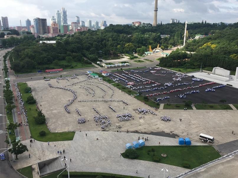 Отчет о путешествии в Северную Корею Тренировка выступления перед парадом