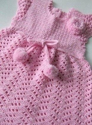 Нарядное платье с помпонами (3 фото) - картинка