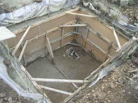 Схема монтажа погреба в грунте вне помещения