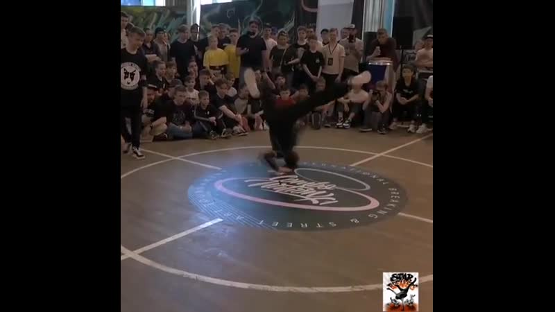 Bboy Grom at Combonation X1!