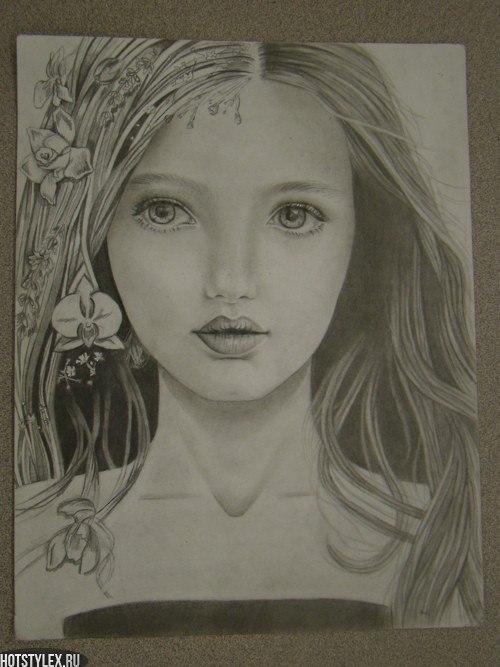 Нарисованные девушки карандашом на