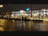 Уличный музыкант на Сенной площади Санкт-Петербурга