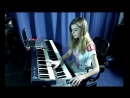 A virtuoso game on the synthesizer. Mary Light - cover version Skillet Comatose
