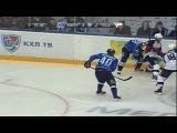 khl Нефтехимик - Слован (2012.10) Сейв. На сей раз в игру вступает Соколов (Нефтехимик), делая великолепный сейв