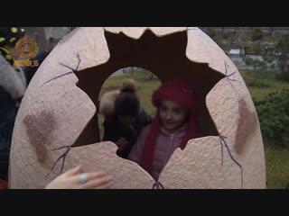 Кремлевская елка с открытками новогодних пожеланий детей
