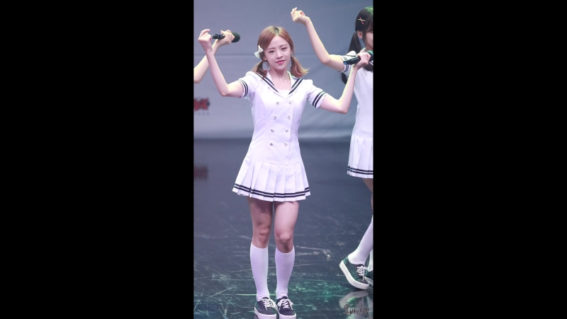 160813 8th Amateur eSports Festival| OH MY GIRL - Windy Day [Fancam]