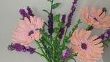 Герберы и лаванда из бисера Бисерный букет Бисероплетение Beaded flowers Gerber lavender