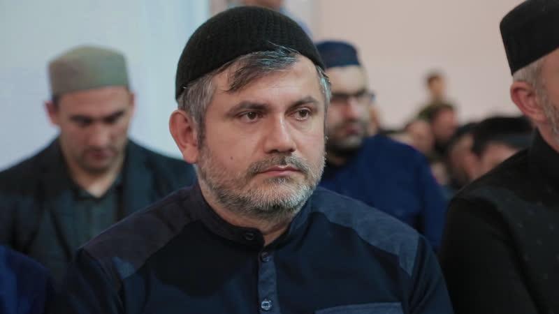 Выступление председателя имамов г. Махачкала Магомедова Закаря на мавлиде Ан-наби центральной мечети