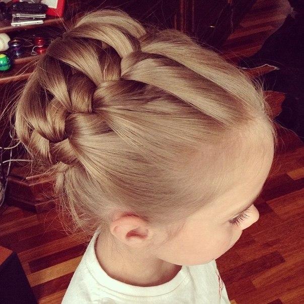 Прически с косами на детях волос
