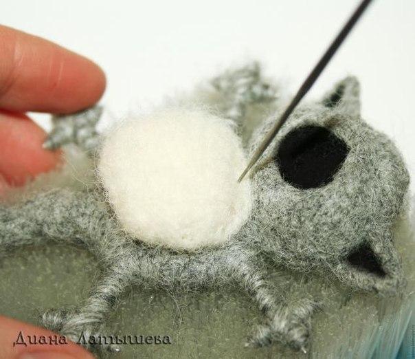 как сделать кота из шерсти на каркасе