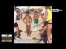Шведская девушка показывает навыки на пляже