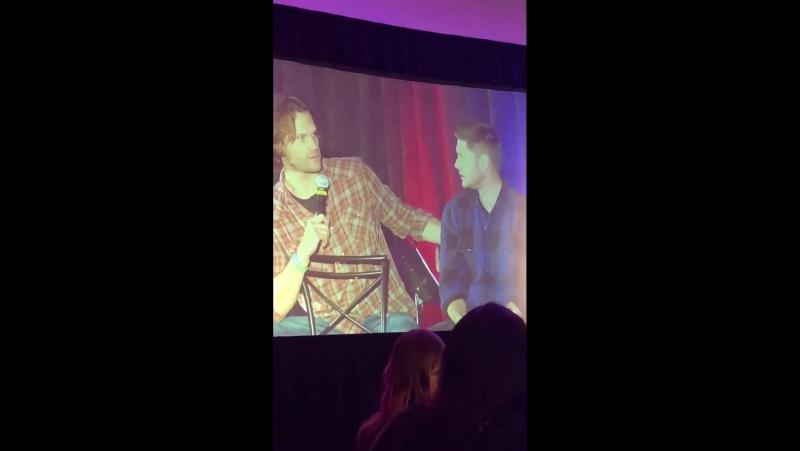 Дженсен о том, что сцены возвращения Дина за ящерицей не было в сценарии | SPNOrl OrlCon 2018