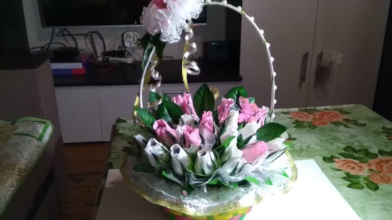 В наличии 2000 руб.( 31 цветок с конфетами).