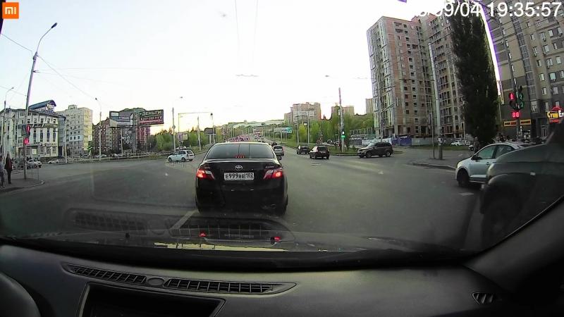 Момент аварии на пересечении ул. М.Жукова и Ю.Гагарина