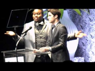 Darren Criss and Alex Newell Introduce A Chance for a Glee Set Visit