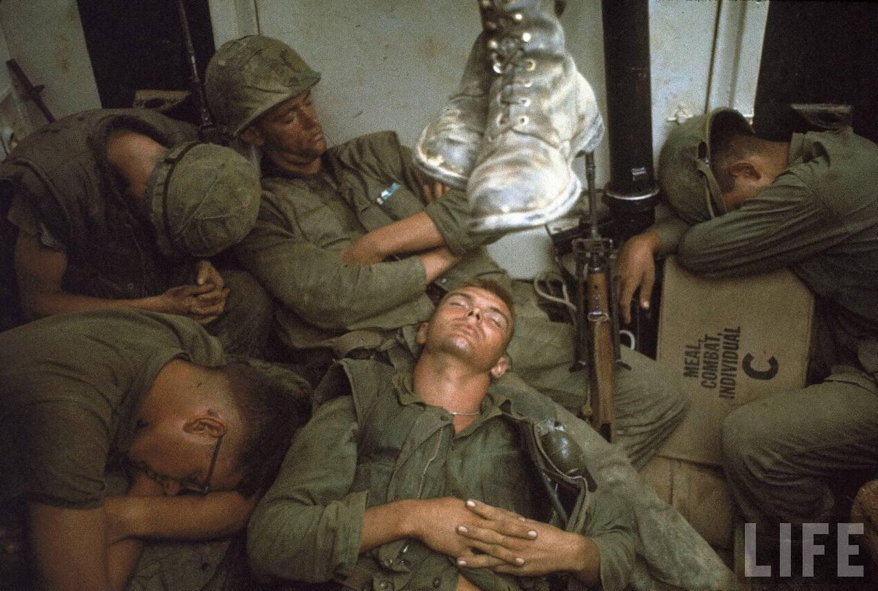 guerre du vietnam - Page 2 I427qqP23lY