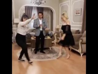Танец азербайджанской актрисы вызвал волну критики в соцсетях. Азербайджан Azerbaijan Azerbaycan БАКУ BAKU BAKI Карабах 2018 HD