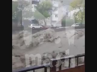 Туапсе затопило: погибли 2 человека и 1 пропал без вести