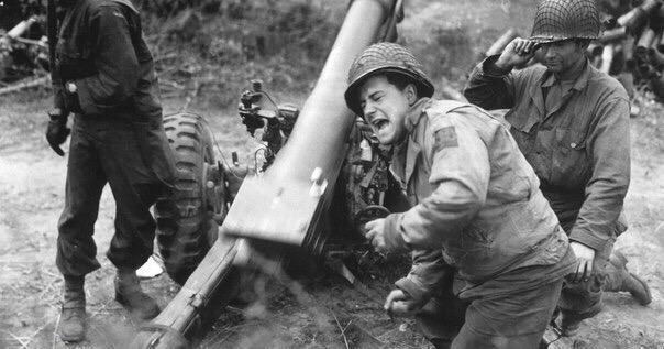 Вторая мировая война 45 фактов (иностранная версия) Вторая мировая война была самой разрушительной в истории всех конфликтов. На нее было потрачено самое большое за все время количество средств,