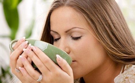 Только мамы, сидящие в декрете, понимают, как приятно пить чай в одиночестве в час ночи!