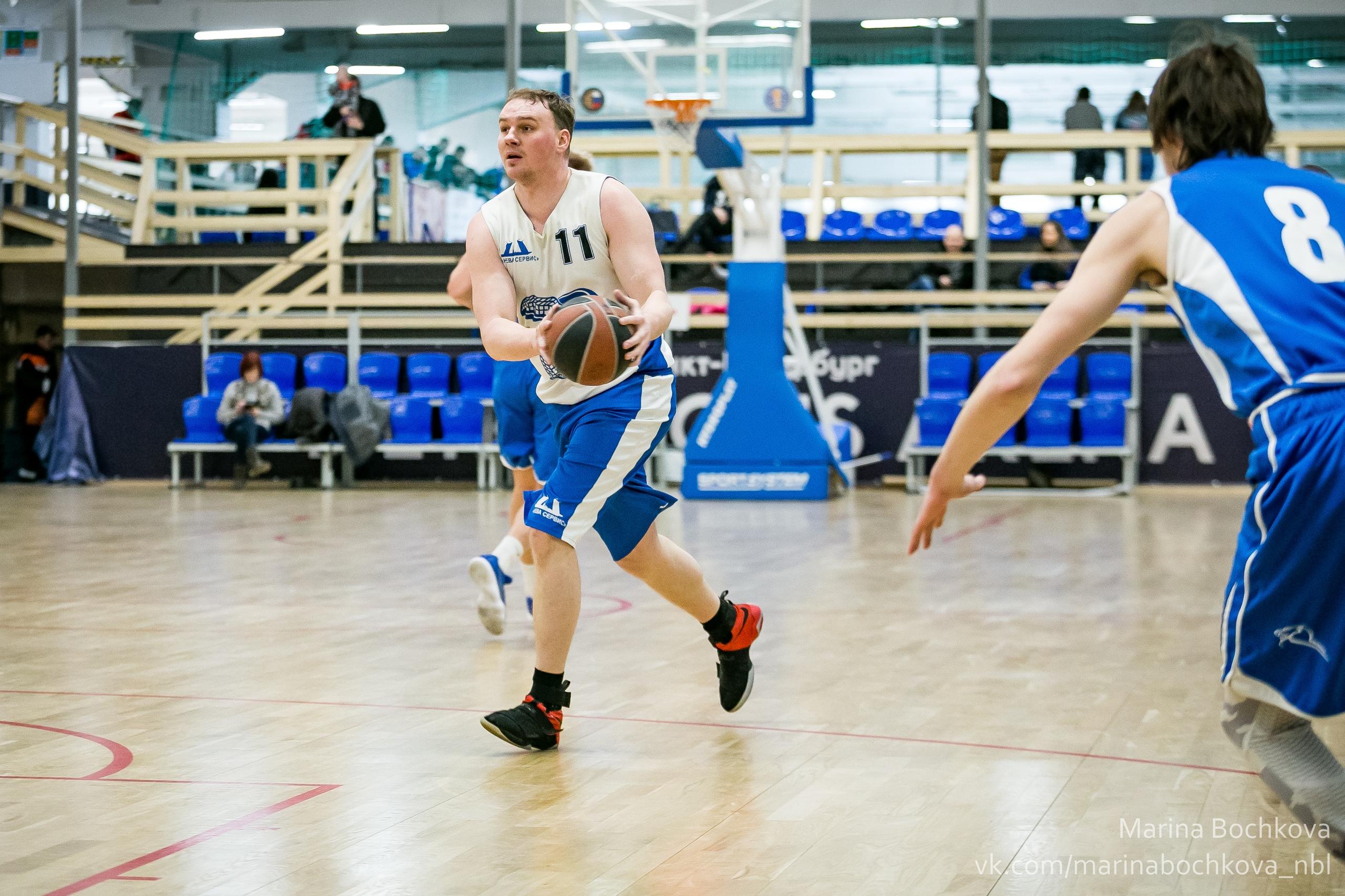 Игорь Столицин