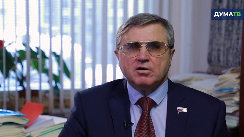 Олег Смолин о повышении зарплат учителей в 2019 году