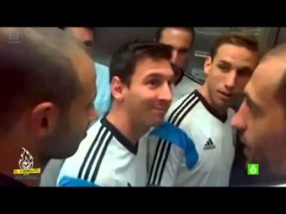 A fan meets entire Argentina squad in elevator in Brazil World Cup 2014