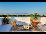 Appartement 2 ou 3 chambres, 2 salles de bains, piscine, garage, solarium, jardin,