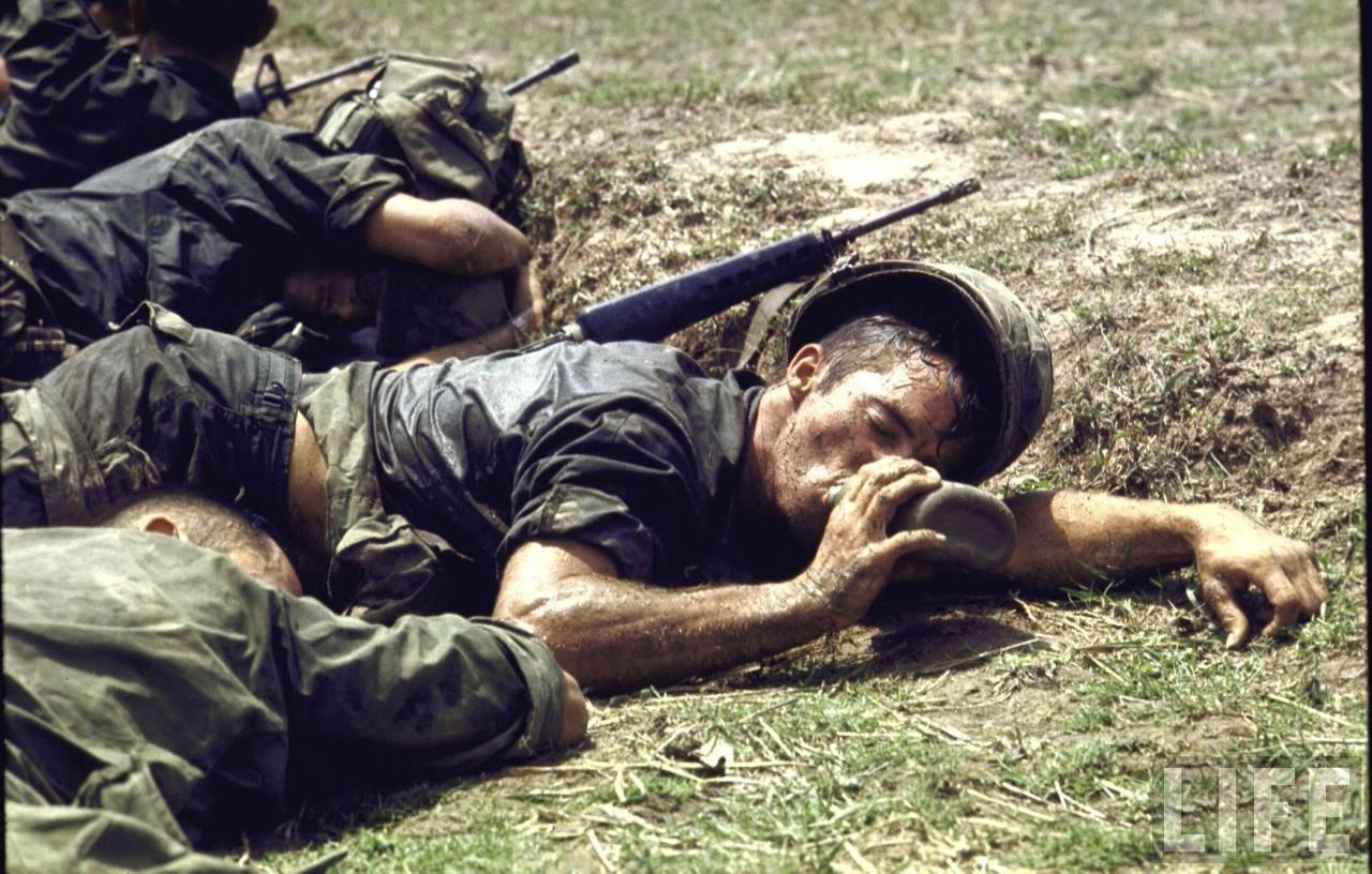 guerre du vietnam - Page 2 Ju_f_t1W6_Q