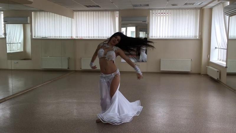 Belly Dance / Margo Sheikh Ali / Hayarti Albi Maak