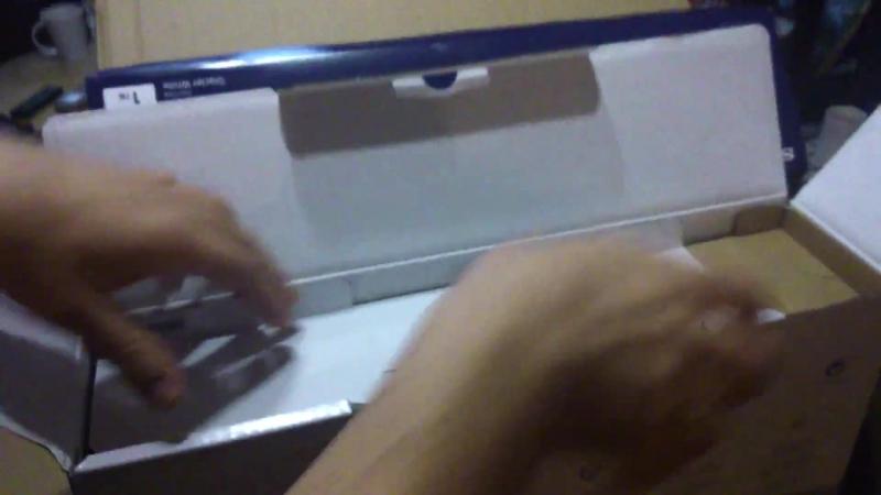 Распаковка Sony PlayStation 4 Pro с www.computeruniverse.ru
