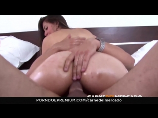 Carne_del_mercado_colombian_booty_babe_picked_up_and_fucked_720p