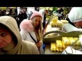 Мария Погребняк на рынке #СборнаяЖен_Футболисты